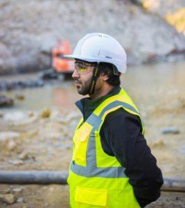 Man following safety regulations - Saiosh